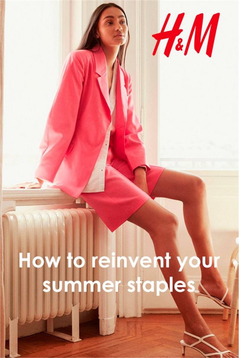 H&M Folder 09.07.2020 - 31.08.2020 - how to reinvent your summer staples
